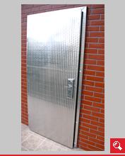 http://www.matchyra.pl-drzwi przemysłowe lekkie zawiasowe ZP-1 ze stali nierdzewnej mazerowanej gat. 1.4301 z zamkiem na monety