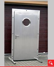 http://www.matchyra.pl-drzwi przemysłowe lekkie zawiasowe jednoskrzydłowe ZP-1 ze stali nierdzewnej z bulajem