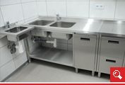 http://www.matchyra.pl - stół roboczy ze zlewem dwukomorowym dolna półką i szafką z drzwiczkami zawiasowymi ze stali nierdzewnej gat. 1.4301
